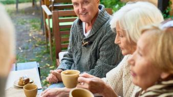 ผู้สูงวัย ดื่มนมอย่างไรให้สุขภาพดี